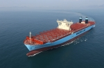 대우조선해양이 건조한 18,000 TEU급 컨테이너선의 시운전 모습