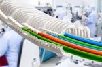 클린룸용 에너지 공급 시스템, 이구스 e-skin: 클린룸용 에너지 공급 시스템으로 유지보수 공정비용을 획기적으로 감소시킨다