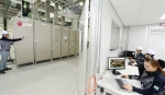 LG전자 연구원들이 국내 최대 규모인 ESS 통합 시험 설비를 이용해 1MW규모 ESS제품의 안전성과 성능을 테스트하고 있다