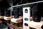 세기P&C가 지난 7월 27일 롯데백화점 본점 5층에 남성들의 위한 편집숍 멘즈 아지트를 공식 오픈했다고