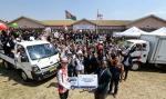 기아자동차 임직원들이 여름휴가 대신 아프리카로 봉사활동을 떠났다