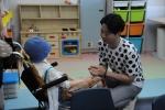 개그맨 유상무가 국립암센터에 입원중인 환아들에게 소중한 추억을 선물했다.
