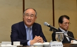 이덕훈 한국수출입은행장이 21일 오전 서울 웨스틴조선호텔에서 열린 2015년도 하반기 주요 기업 CEO 초청 간담회에 참석해 인사말을 하고 있다.
