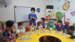 미국 다둥이와 한국 친구들이 함께 아소비에서 한글을 배우고 있다 (사진제공: 아소비교육)