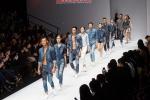 오리지날 빈티지 캐주얼 브랜드 버커루가 30일 북경에서 열린 K-Fashion Project in China 패션쇼에서 뜨거운 호응을 얻었다.