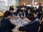 2015 인생나눔교실 자유학기제 중학교 멘토링 활동 모습 (사진제공: 한국문화예술위원회)