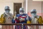 국경없는의사회는 국제 보건 사회가 이번 서아프리카 에볼라 사태를 교훈으로 삼아야 한다고 주장했다
