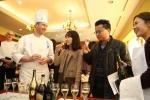 프랑스 요리학교 르 꼬르동 블루-숙명 아카데미가 훈제 연어 & 캐비어 요리 시연과 와인 페어링 특강을 개최했다