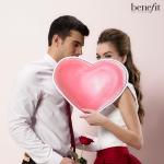 베네피트가 발렌타인 브라우 이벤트를 실시한다