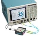 상호 연결의 효과를 특성화하고 분리하는 프로세스를 간소화 시키는 새로운 솔루션은 SignalCorrect 소프트웨어와 TSC70902 캘리브레이션 소스로 구성되며 텍트로닉스 DPO/MSO70000 시리즈 실시간 오실로스코프에서 구동된다