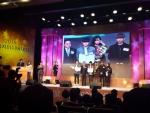 건국대 글로컬캠퍼스 다이나믹미디어학과 2학년 김현기, 박세은, 신서이, 신연식 학생이 2015 시청자미디어대상 시상식에서 장려상(창의도전 청소년 부문 작품상)을 수상했다 (사진제공: 건국대학교)