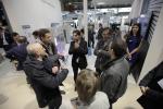 삼성전자 이탈리아 법인 직원이 2016 모스트라 콘베뇨 엑스포 삼성전자 전시장에서 관람객과 거래선 관계자들에게 삼성 공조 시스템에 대해 설명하고 있다 (사진제공: 삼성전자)