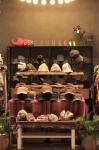 눈스퀘어가 패션잡화 브랜드 래그해그를 오픈했다