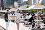 한화그룹과 서울시설공단이 때 이른 더위를 피할 수 있는 쉼터 시설을 청계천 팔석담에서 모전교 사이에 설치했다