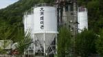 제이산업이 충남 서산에 위치한 대호 레미콘 공장의 노후된 사일로 탱크에 차열페인트 시공을 성공적으로 마쳤다