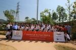 5월30일, 한화 태양의 숲 5호:이글스 응원의 숲 완공식에 참여한 한화이글스 2군 선수들과 캠페인 참여자들