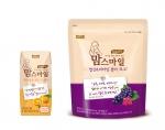 매일유업 앱솔루트가 임신수유부용 식품 맘스마일 식이섬유 주스 오렌지와 맘스마일 엽산비타민 젤리 포도' 2종을 출시한다