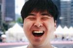 서울 시민들의 웃음을 담은 웃음사진전이 13일 월요일부터 19일 일요일까지 7일간 서울시의회 1층 로비 갤러리에서 열린다