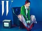 미쟝센이 미쟝센 단편영화제 개최 15주년을 기념하여 브랜드 모델 신민아, 영화감독 윤종빈과 제작한 화보를 공개했다
