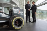 Ron Dennis (Chairman and CEO, McLaren Technology Group) / Tetsuya Shoji (President and CEO, NTT Com) (Photo: Business Wire)