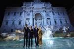 펜디가 로마에서의 장엄한 행사로 90주년을 기념했다