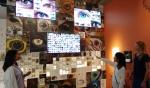 영국 자연사박물관에 설치된 올레드 TV