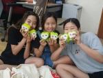 희망사과나무 나눔교육협력학교 사랑의 동전모으기 캠페인에 참여한 학생들