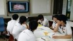 안산 성포중학교에서 비투비 학습이 진행한 두드림 학교 캠프에 참가한 학생들이 캠프 프로그램에 참여하고 있다