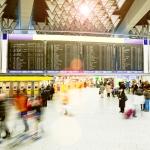 인피니언 테크놀로지스가 공항 직원들에게 발급하는 전자 출입 제어 카드를 위한 보안 칩을 공급한다.