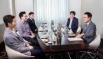 ING생명은 정문국 대표이사 사장이 서울 중구 더 플라자호텔에서 청년 CEO 고객들과의 만남을 가졌다