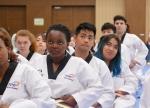 제27회 국제청소년포럼이 19~26일까지 열린 가운데 22일 무주 태권도원에서 30개국 90명의 청소년·대학생 참가자들이 태권도를 체험하고 있다