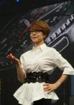 삼성전자 무선사업부 이영희 부사장이 31일(현지시간) 독일 베를린 템포드롬에서 최신 스마트워치 기어 S3를 소개하고 있다