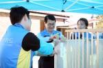 신한카드가 성북구 정릉동에 위치한 자오나학교에서 학교 밖 청소녀를 위한 가구 만들기 봉사활동을 실시했다