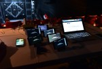 공연 전 관리자 페이지를 통해 실시간으로 관객의 스마트폰을 통제한다
