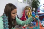 세계 최초 어린이용 3D프린팅펜 3Doodler Start는 인체에 무해한 에코두들스틱을 압출하여 어린이들도 쉽고 안전하게 입체형상을 만들 수 있다