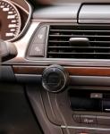 어뮤즈 블루투스 카 키트를 블루투스 기능이 없는 차량에 쉽게 설치하여 블루투스를 지원함으로써 스마트기기의 음악을 자동차 스피커를 통해 들을 수 있고 핸즈프리 통화도 가능하다.