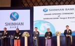 신한은행은 아시아의 마지막 시장이라고 불리는 미얀마 양곤에서 한국계 은행 최초로 양곤지점을 개설하고 개점행사를 진행했다