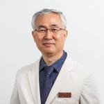 지난 5일 열린 대한혈관외과학회 총회에서 김동익 교수(혈관외과)가 신임 이사장으로 선출됐다