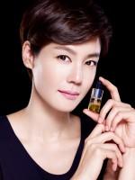 이데베논 앰플 모델 김지호