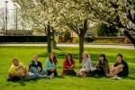 레이크랜드 컬리지 캠퍼스의 학생들