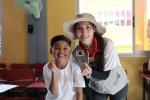 배우 박규리, 구성환이 필리핀 빈민가 아이들에게 따뜻한 사랑을 전했다