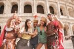 이탈리아 로마 콜로세움 앞에서 여행기념 사진