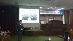 브릿지협동조합 배성기 이사장이 익산시의회에서 강의를 진행하고 있다