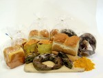 롯데제과가 지난 10일 경상북도 농업기술원 봉화약용작물연구소와 백두대간 약용작물 제빵 제품화 기반 구축 MOU를 체결한 데 이어 이번에 관련 제품으로 청산녹초 3종을 출시했다