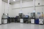 코리아텍 산학협력단 내 공용장비센터의 다양한 설비