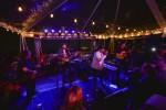 힐튼이 업계 최초의 통합 음악 프로그램 뮤직 해픈스 히어를 출범, 힐튼 아너스 회원들만을 위한 원리퍼블릭의 독점 콘서트를 제공했다