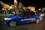 현대차그룹이 미래 자동차의 핵심 영역인 자율주행차 연구개발을 전담하는 지능형안전기술센터를 신설하고 최고 전문가를 영입하는 등 모빌리티 혁신을 주도한다