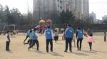 봉사동아리 행복한 동행이 18일 대구 아동복지시설을 찾아 운동회를 열었다