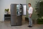 삼성전자가 냉장고 내부 온도 편차를 ±0.5℃ 이내로 유지해 주는 미세정온기술과 음식이 닿는 모든 공간에 메탈쿨링을 확대 적용한 2017년형 셰프컬렉션 냉장고 메탈쿨링 선반을 신규 적용한 T9000 냉장고 신제품을 출시한다