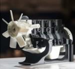 영일교육시스템이 이번 Intermold Korea 2017을 통해 13가지의 재료사용이 가능한 산업용 3D프린터 Roboze one+400을 첫 선보인다